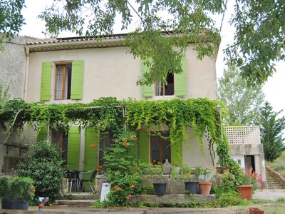 Photo for WARM AND COMFORTABLE FAMILY HOUSE near the AVIGNON FESTIVAL