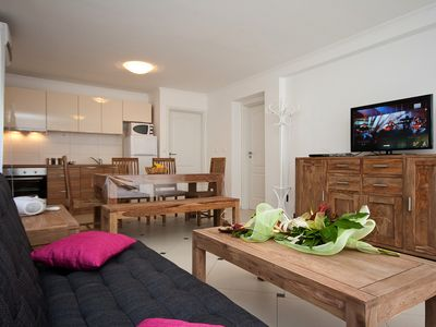 Photo for Holiday apartment with terrace and air conditioning for up to 6 persons