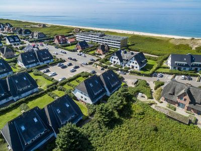 Photo for 2BR Apartment Vacation Rental in Wenningstedt-Braderup (Sylt)