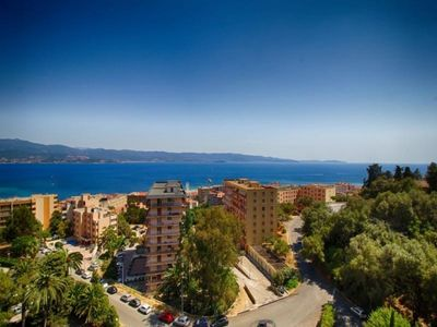 Photo for Apartment Ajaccio, 2 bedrooms, 6 persons