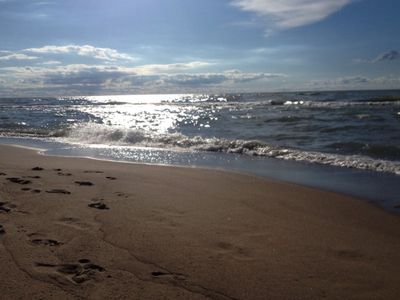 Photo for SPECIAL *7/21-7/26 $695/nt* LAKEFRONT PRIVATE BEACH SCRND PORCH PET FRIENDLY