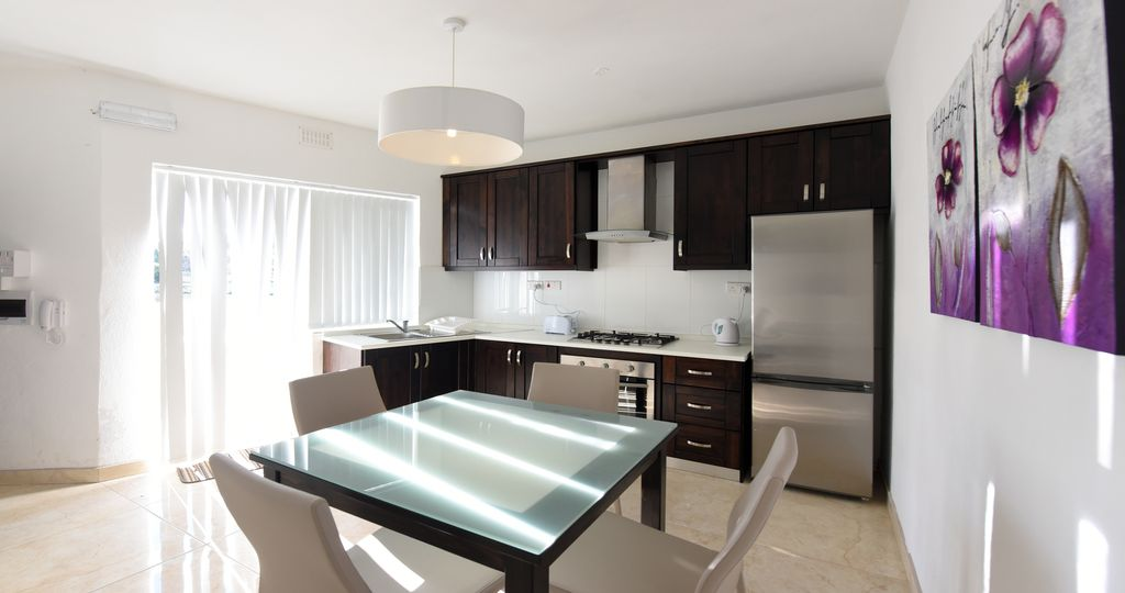 Brand new 1 bedroom penthouse by the sea Photo 1