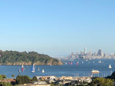 Photo for Stunning San Francisco Skyline