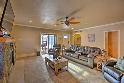 Your group of up to 10 guests will find plenty of space to spread out.