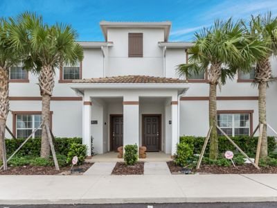 Photo for Beautiful Townhome with Private Pool, Close to Disney, Orlando Townhome 2724
