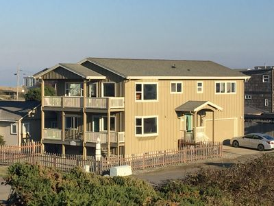 Photo for Bandon Ocean Breeze - Family Home on the Jetty, close walk to beach and Old Town
