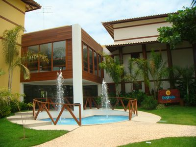 Photo for Apt. High Luxury, Air-Conditioned with Sea View, Cond. Enseada Praia do Forte.
