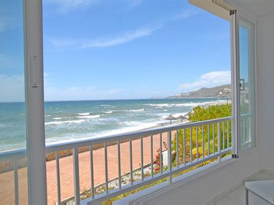Photo for Beautiful apartment on The Beach