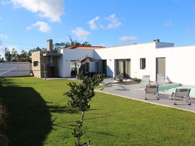 Photo for Comfortable villa with private pool, garden and beautiful view, near the coast