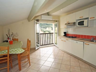 Photo for Apartment 2/4 pers 1 bedroom 1 bed 140cm the living room with 2 beds of 90cm