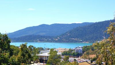 Photo for Cumberland House - Airlie Beach