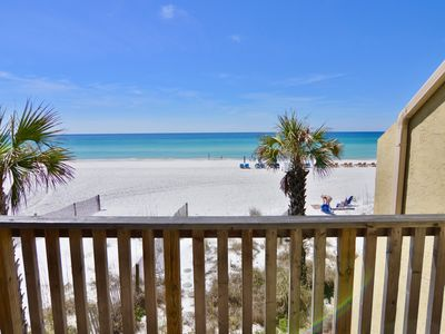 Photo for Largo Mar 3/2 right on the sand!
