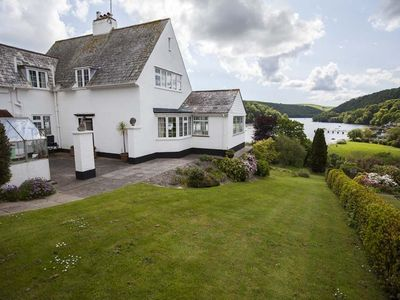 Photo for 3BR House Vacation Rental in Dittisham