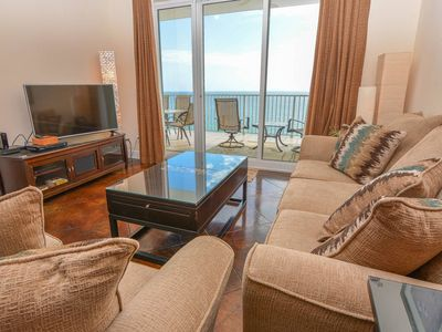 Photo for Let the Whisper of the Waves Lull You in this Relaxing Ocean Reef Condo!