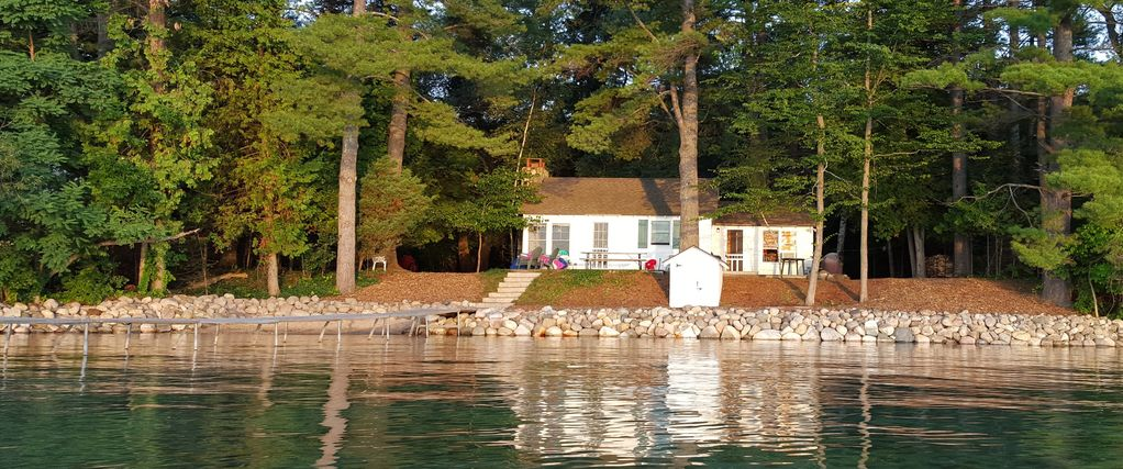 Torch Lake Waterfront Cottage Rapid City