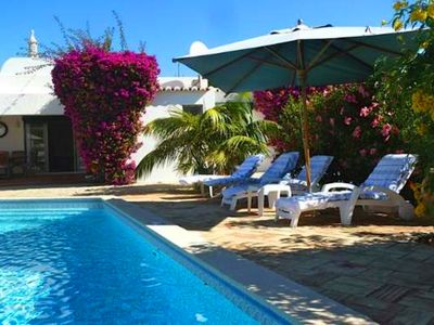Photo for Vale do Lobo Villa close to reception and within walking distance of the beach/Praca V595
