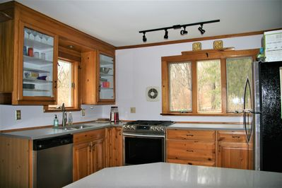 Eat-in kitchen with updated appliances and remodel