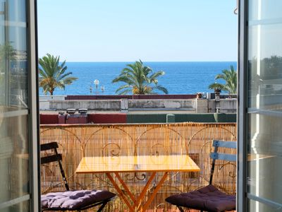 Photo for Dream location for this amazing apartment with balcony, overlooking the sea
