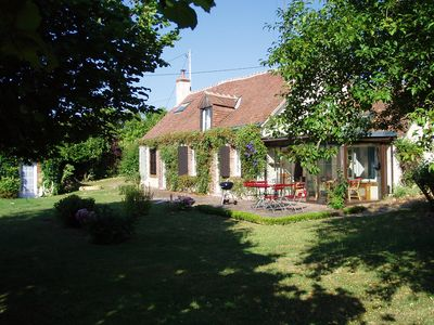 Photo for Idyllic haven for golfers, nature and art near the Loire castles