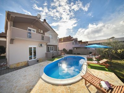 Photo for Holiday house Zadar for 10 persons with 5 bedrooms - Holiday house