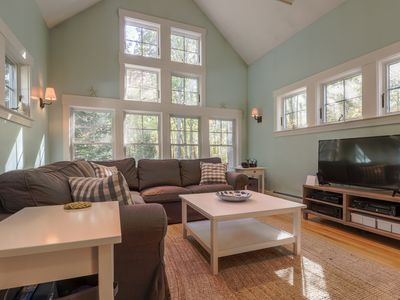 Photo for Family getaway w/prime location, jetted tub - walk to Goose Rocks Beach!