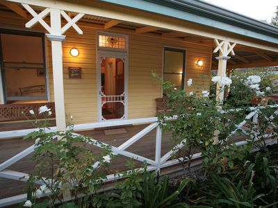 Photo for Mole End Cottage, South Fremantle