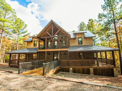 Photo for New! 5 Bedroom, 3.5 Bath with loft, Hot Tub & outside Kitchen