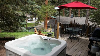 "Photo for Privacy, Hot Tub,Fireplace, Mountain ""Vibe"" RMNP, YMCA just feet away!! CHARMING"