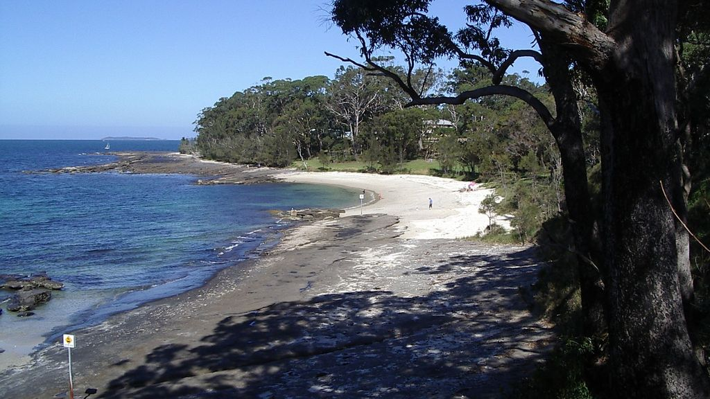 ** Blue Water Getaway ** Modern Quality Jervis Bay Holiday House