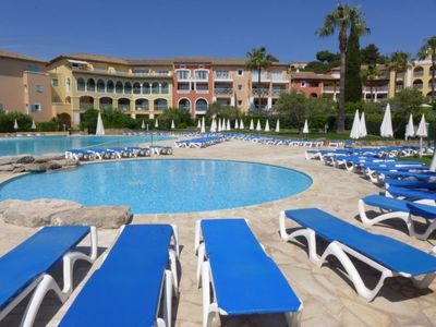 Photo for 2 bedroom Apartment, sleeps 6 in La Garonnette-Plage with Pool and WiFi