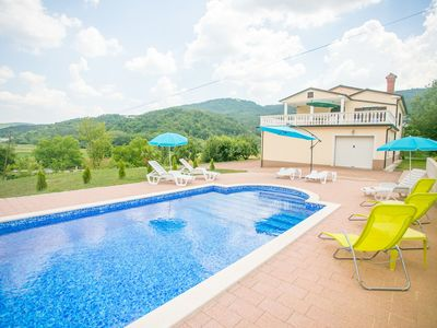 Photo for Comfortable apartment with a shared swimming pool for up to 6 persons