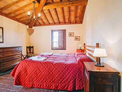 Photo for Apartment in San Gimignano with Parking, Internet, Air conditioning, Pool (117211)