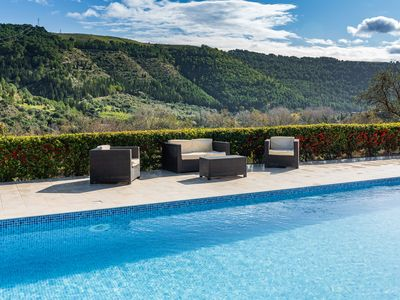 Photo for Panoramic Villa with PRIVATE POOL and Modern Comforts in Ragusa Ibla