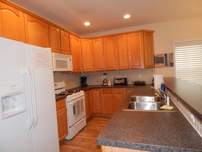 Photo for 4BR Townhome Vacation Rental in Wildwood, New Jersey