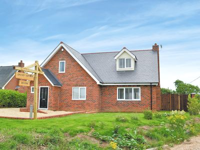 Photo for 3 bedroom accommodation in Newchurch, near Sandown