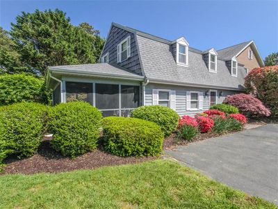Photo for B325J: Walk to Bethany Beach from this updated 3BR end townhome!