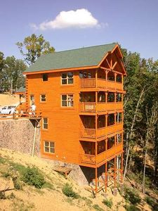 Photo for Mountain Top Luxury Cabin with Premier Views    Now with Wifi