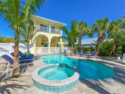 Photo for THE BEST BACK YARD ON SIESTA KEY. SLEEPS 15. Nearly Beachfront. In Siesta Village. Walk Everywhere. Bring the Whole Family. Amazing Amenities. Property Manager Program Included.