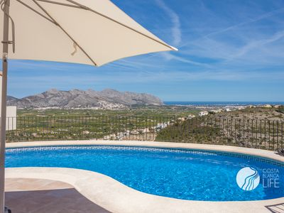 Photo for Fantastic villa with spectacular sea views in Orba