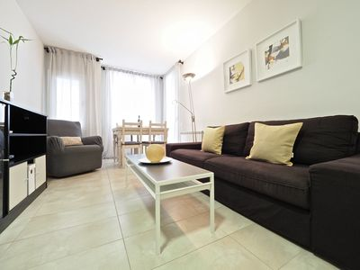 Photo for Apartment in the center of Sitges with Internet, Air conditioning, Lift, Balcony (917591)
