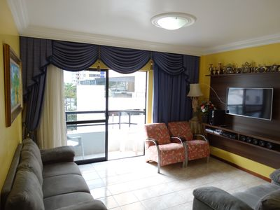 Photo for Lovely central apartment with air conditioning, Wi-Fi, 1 suite + 1 bedroom