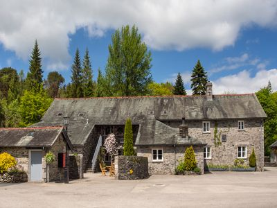 Photo for LORD'S LEAP, pet friendly, with pool in Hawkshead, Ref 914062