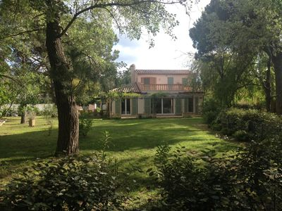 Photo for SAINT TROPEZ. Villa 50 m from the beach. Private tennis. Town center at 2 kms
