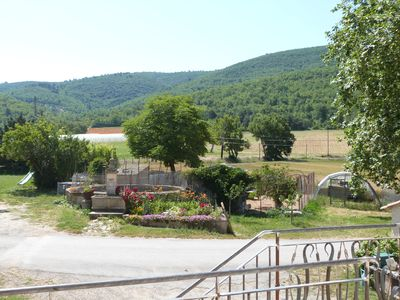 Photo for At the foot of the Luberon in a farming hamlet in the middle of lavender fields. 3 *