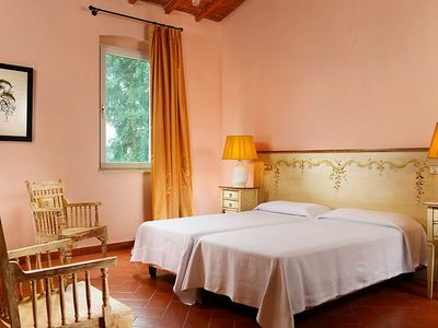 Photo for Apartment 1.3 km from the center of Grosseto with Internet, Pool, Air conditioning, Parking (530152)