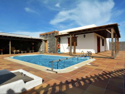 Photo for Villa with private pool in the center of Lanzarote, perfect for day trips