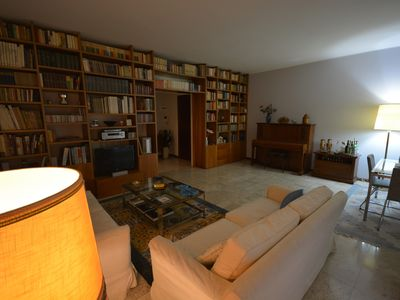 Photo for Elegant and spacious apartment within walking distance from Navigli