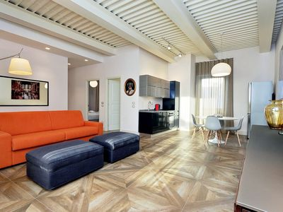 Photo for Elegant 1bdr in the heart of Rome, Piazza Barberini