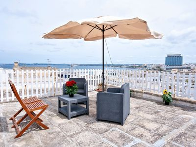 Photo for Central, Historic Apartment Near the Beach with Wi-Fi, Air Conditioning and Terrace with Sea View