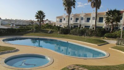 T2 Cond. Private, Jardins da Oura, A/C. Swimming pools, garage and beach 50